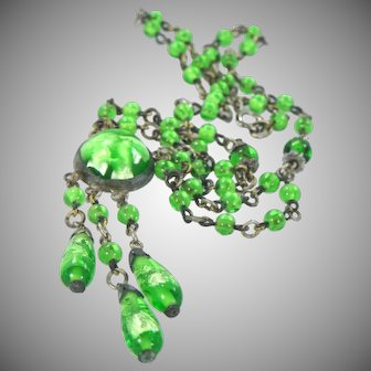 1920's Green Foiled Art Glass Necklace