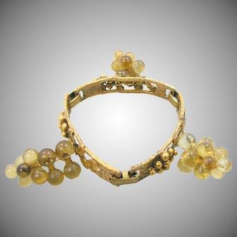 Vino Grapevines & Grapes Clusters Brass Lucite Bracelet