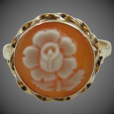 14k Gold Carved Shell Flower Ring Made in Italy