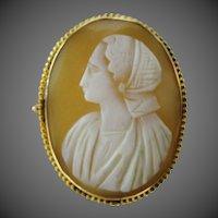 10k Gold 1920's Cameo of Peasant Woman Pin / Pendant