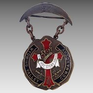 1890's Wyoming Valley, PA Masonic Knight's Templar Enamel Badge