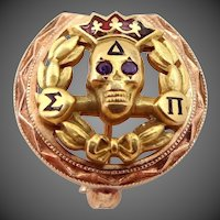 Vintage 10k Gold Delta Sigma Pi Fraternity Pin Skull with Amethyst Eyes