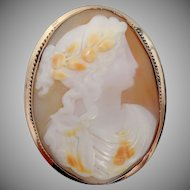 Large 10k Gold Victorian Cameo Brooch / Pendant