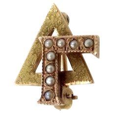 10k Gold & Seed Pearls Delta Gamma Sorority Pin