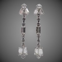 Weiss Shoulder Duster Dangle Rhinestone Earrings