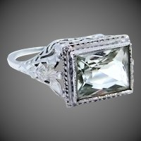Art Deco 14k White Gold and Peridot Filigree Ring