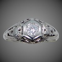 Art Deco 18k White Gold Filigree Solitaire Diamond Ring