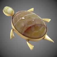 Vintage Admark Carved Agate Figural Turtle Pin