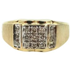 Man's 10k Gold and Diamonds Ring