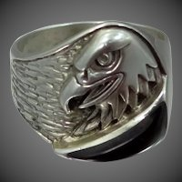 Artist Signed Silver Cloud Sterling Silver Eagle Ring with Black Agate