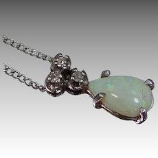 14k Gold Opal & Diamonds Necklace