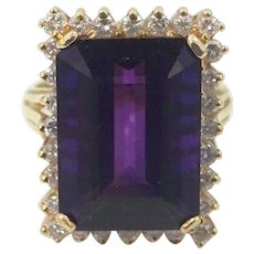 Large 14k Gold Diamonds & 14 Carat Amethyst Lady's Size 7 1/2 Ring