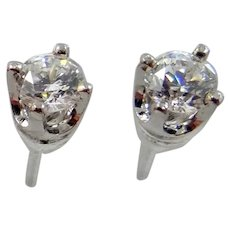 14k White Gold Clear Crystals Stud Earrings