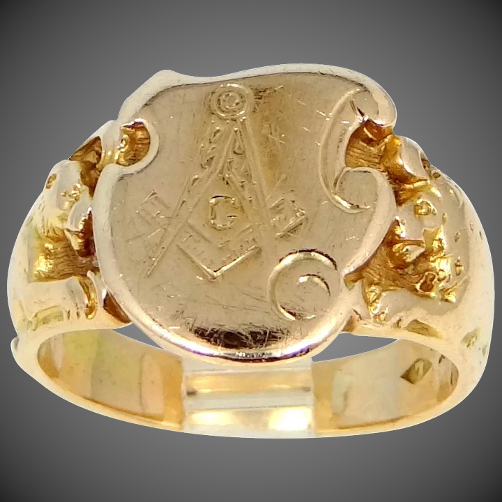 Victorian 14k Solid Gold Masonic Ring with Lions on Shoulders