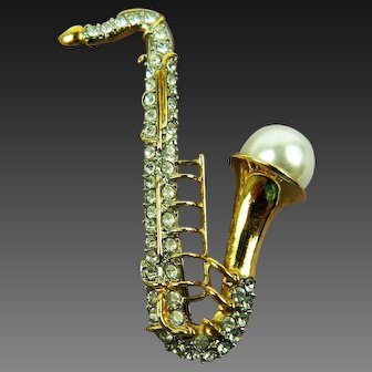 Vintage Figural Jewelry Saxophone Brooch Pin with Imitation Pearl