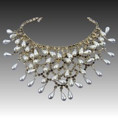 Bride-Worthy Dangling Bib Necklace