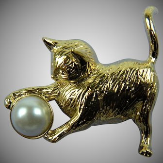 Playful Kitty Signed Gold Plated Brooch