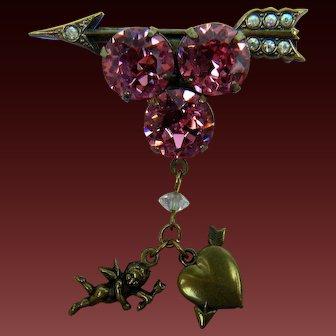 Sweet Cupid's Arrow Brooch