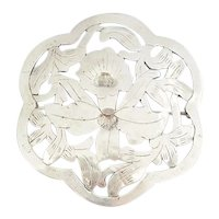Art Nouveau style sterling silver Daffodil flower round pin Stavre Gregor Panis