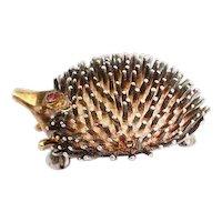 Fun vintage designer sterling silver 14k gold and ruby eyes hedgehog pin brooch