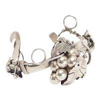 Rare vintage sterling silver hand made grape wine bracelet R.L. Taxco Mexico
