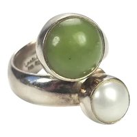 Designer sterling silver pearl and green gemstone ring by Charles Albert