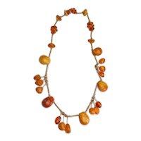 Gorgeous vintage genuine Baltic amber dangling gemstone necklace