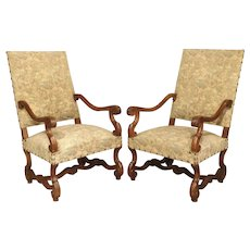 Pair of French Os-de-Mouton Armchairs in Carved Walnut, Circa 1900