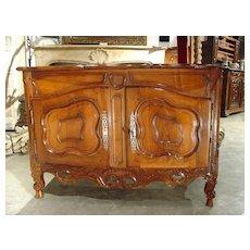 Exquisite 18th Century Walnut Wood Buffet Nimoise