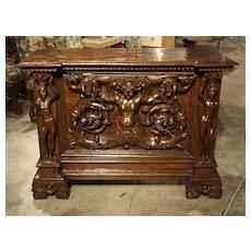 Antique Italian Walnut Wood Buffet/Credenza from Rome, 19th Century