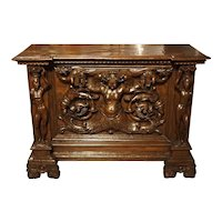 Antique Italian Walnut Wood Buffet/Credenza from Rome, 19th Century