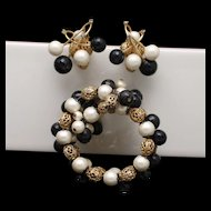 Hobe Set Bracelet Earrings Rhinestones Imitation Pearl Vintage