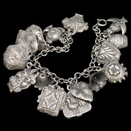 Puffy Charms Bracelet Detailed Vintage Lightweight Vintage