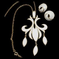 Trifari Fleur-de-Lis Pendant Necklace & Earrings Set Vintage White Enamel
