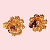 Vintage 14k Diamond Flower Petite Pierced Stud Earrings
