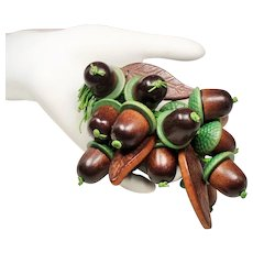 Vintage WWII Era Miriam Haskell Wood Dangling Acorns Brooch