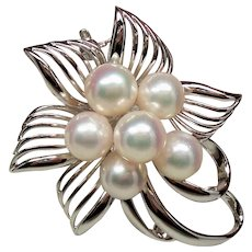 Vintage Akoya Cultured Pearl Cluster Silver Bow Brooch