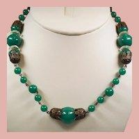 Vintage Art Deco Green Peking Glass Bead Necklace