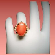 Vintage Coral Cabochon Stone 14K Gold Ornate Ring