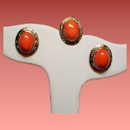 Vintage Coral Cabochon 14K Stick Pin & 10K Gold Pierced Earrings Suite.
