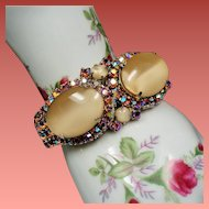 Vintage D&E Juliana Large Creamy Butterscotch Art Glass Rhinestone Clamper Bracelet