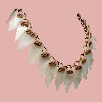 Vintage Dangling Hand Wired Mother of Pearl Shell Leaves Necklace.