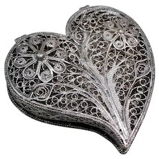 Vintage Silver Plate Filigree Heart Trinket Pill Box