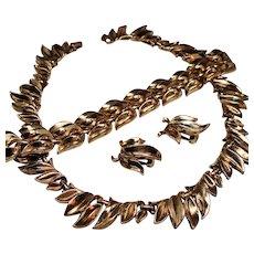 Vintage Trifari Pat Pending Golden Flame Necklace Bracelet Earrings Parure