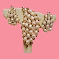 Vintage Trifari Satiny Simulated Pearls Brooch Earrings Set