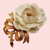 Vintage Trifari White Enamel Flower Pin