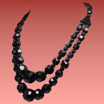 Antique Victorian Mourning Jewelry Whitby Jet Large Faceted Bead Triangular Plaques Necklace