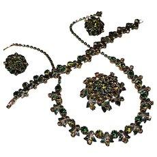 Vintage Weiss Olivine Emerald Green Rhinestone & Enamel Grand Parure