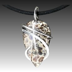 Fossil Agate Wire Wrapped Pendant Necklace For Men Women