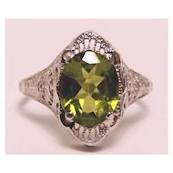 Edwardian 14K White Gold Peridot Filigree Ring